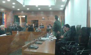 Una riunione del Consiglio comunale di Guidonia