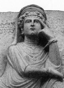 Zenobia, regina di Palmira (bassorilievo rinvenuto a Palmira, Museo Nazionale di Damasco, da Wikipedia)