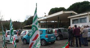 Protesta contro i licenziamenti a Colle Cesarano