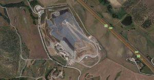 """La """"mappa"""" dell'Inviolata, con, al centro, l'impianto per il trattamento dei rifiuti"""