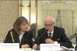 Carla Romana Raineri con il prefetto Paolo Tronca