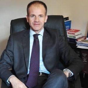 Alberto Cucurru, avvocato, nuovo nome del candidato sindaco